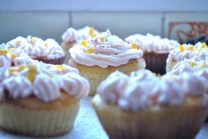 cupcake-695043_1920