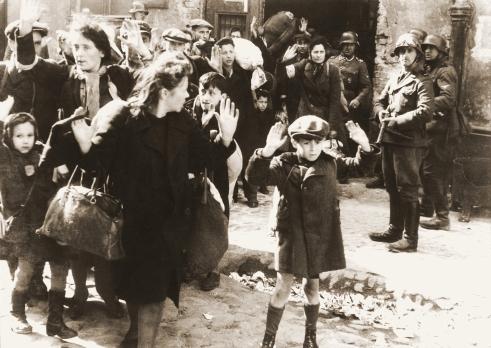 Stroop_Report_-_Warsaw_Ghetto_Uprising_06b.jpg