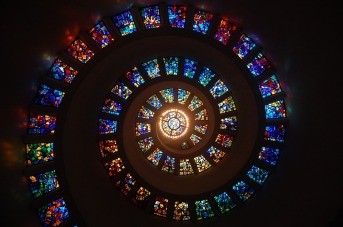 stained-glass-1181864_960_720