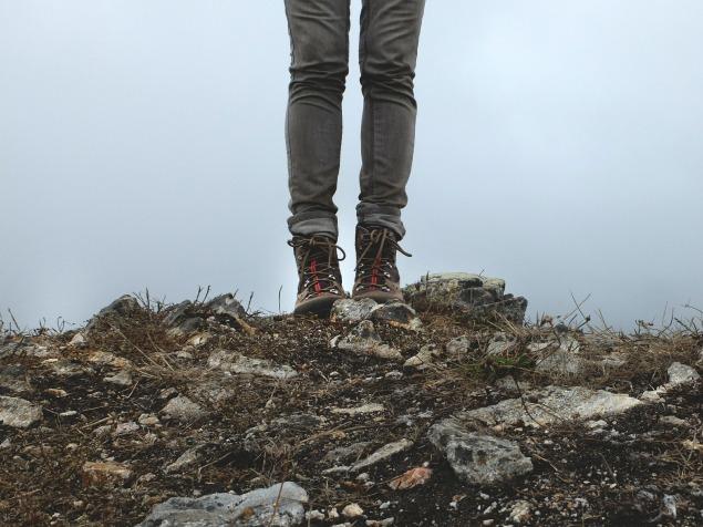 hiking-boots-455754_1920.jpg